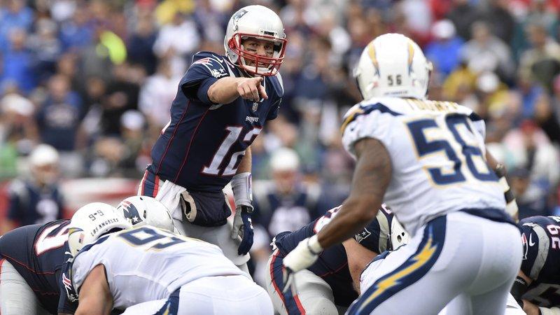 Jon Gruden rasga elogios a Tom Brady