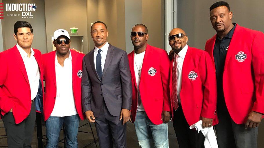 Antes do training camp, houve a cerimônia do Hall of Fame dos Patriots