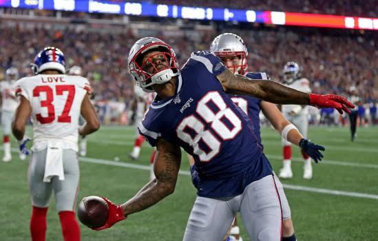 Na sua estreia pelos Patriots, Demaryius Thomas mostra a que veio