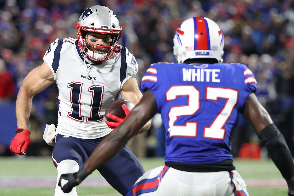 Julian Edelman em um Patriots vs Bills. Créditos: Tom Szczerbowski/Getty Images
