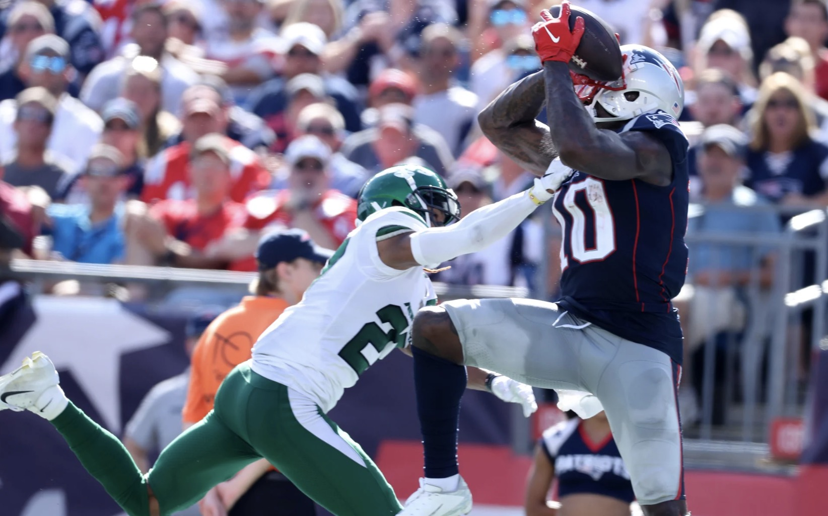 Rafael Belattini Josh Gordon New England Patriots