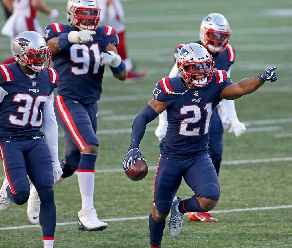 Patriots safety Adrian Phillips